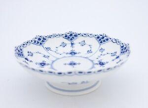 Bowl #511 - Blue Fluted - Royal Copenhagen - Half Lace - 1st Quality