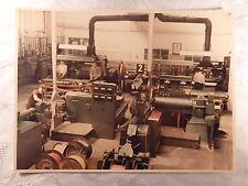 altes Foto alte Fotografie Arbeit Industrie Werkhalle Maschine Kabel 23,2x17,6cm