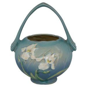 Vintage Roseville Pottery Iris 1939 Blue Basket 354-8