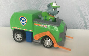 PAW PATROL ROCKY FIGURE & ROCKY'S RECYCLE TRUCK WITH OPENING BACK & MOVING ARMS