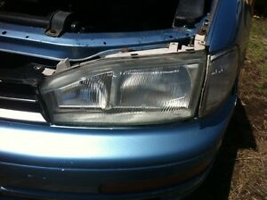 Toyota camry headlight left right wrecking camry
