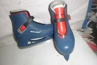 Childs  sz 12-13  blue  childs training  ice skates   cute