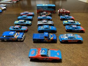 Lot of 16 STP 1:64 diecast cars & 1-Bus                       Lot #51