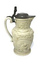 Keramiken-Motiv im Historismus-Stil (1851-1889)
