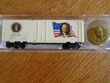 Micro-Trains N-Scale United States President Herbert Hoover 40' Boxcar car + pin