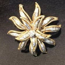 Diamonds Set In Wg Simply Stunning! Awesome Lady's 14K Yg Brooch 41