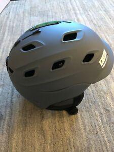 Smith Vantage MIPS Snow Helmet. Adult Medium 55-59cm. Matte Charcoal. New.