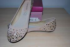 BRAND NEW!  Ladies Flats Beige Size 36