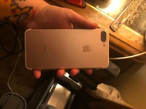 apple iphone 7 plus 32gb gold, used but in working condition. comes with charger