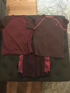 Boys Old Navy Active 2 Shirts 1 One Size Small & Medium