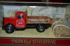BEDFORD KD TRUCK 1939 (WITH LOAD):MATCHBOX MODELS/YESTERYEAR DIECAST MODEL 1:42