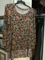 LOGO by Lori Goldstein Size 1X Rose Printed Top with Dots Printed Tank Twin Set