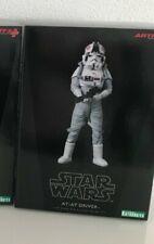 Kotobukiya Star Wars - AT AT Driver 1/10th Usado / En caja Original.