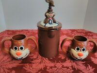 New Vintage Plastic Nestle Quik Bunny Pitcher and 2 Quick Cups