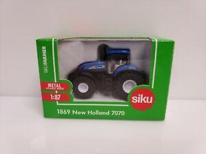 Siku Farmer 1869 New Holland 7070 Tractor 1/64 Blue