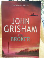 THE BROKER JOHN GRISHAM P/B LGE