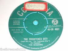 "VINYL 7"" SINGLE - THE SHADOWS - FRIGHTENED CITY - 45-DB 4637"
