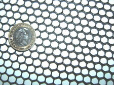 BLACK 33cm x 16cm SEMI-RIGID HDPE 7mm HEAVY DUTY PLASTIC MESH SCREEN FISH FILTER