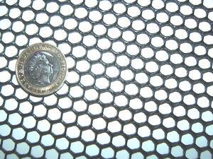 BLACK 33cm x 15cm SEMI-RIGID HDPE 7mm HEAVY DUTY PLASTIC MESH SCREEN FISH FILTER