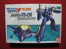Macross 7 Stealth Valkyrie VF-17S 1/144 Model Kit Bandai Japan Robotech Anime