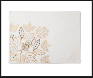 SET OF 4 Threshold White with Gold Floral Placemats NWT