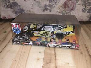 "2004 Hot Wheels ""Justice League"" #6 Batman - Mark Martin - 1:24th NEW IN BOX"