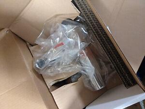 XOR Uno Einhebel-Wannenmischer Aufputz, mit Bügelgriff chrom38421000