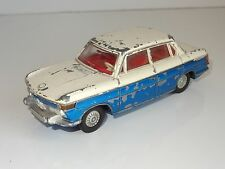 (C) DINKY BMW 2000 TILUX with lights - 157