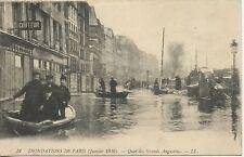 CARTE POSTALE / INNONDATION DE PARIS 1910 / QUAI DES GRANDS AUGUSTINS