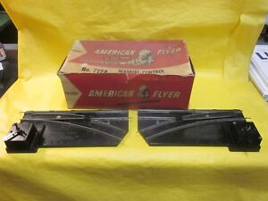1 PAIR OF AMERICAN FLYER MANUAL CONTROL SWITCHES # 722A ( LOOK )