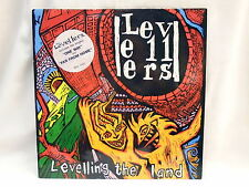 """THE LEVELLERS """"Levelling The Land"""" vinyl LP 1991 1ST PRESS CHINA WOL 1022 N/MINT"""