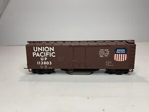 Walthers Ho Scale Model Trains Train Car Track Cleaning 40' Boxcar Union Padkfif