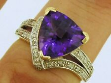 R234  Genuine 9ct Solid Gold NATURAL Trillion Cut Amethyst & Diamond Ring size M