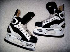 MISSION AMP 6 ICE HOCKEY SKATES SIZE 2 D EXPENSIVE WHEN NEW GREAT SHAPE