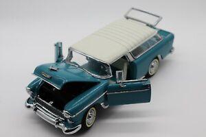 1:24 Danbury Mint 1955 Chevrolet Nomad Wagon Diecast Car w/Box