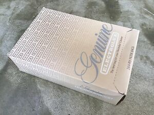 New Genuine ELECTROLUX 4-Ply Vacuum Filter Bags, 24 Bags