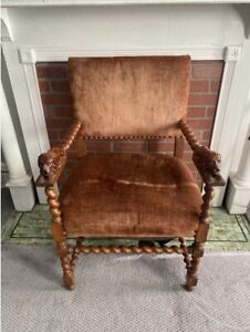 Hand Crafted Wood Lion Throne
