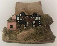Lilliput Lane Sadlers Inn England Collection Handmade UK Miniature