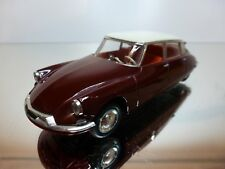 VITESSE CITROEN DS - BORDEAUX RED + CREAM 1:43 - GOOD CONDITION
