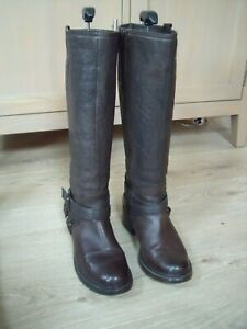 CLARKS BROWN LEATHER RIDING STYLE BOOTS SZ 5.5  FAB CONDITION