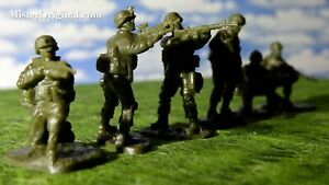 """Armies in Plastic """"Modern Forces"""" US Peacekeeping Forces Set #2 1/32 Scale 54mm"""