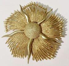splendide broche soleil bijou vintage couleur or top qualité signée LISNER *3716