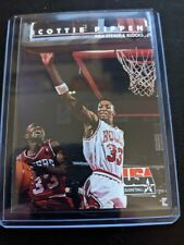 1992 SkyBox USA #72 Scottie Pippen/NBA Steals and Blocks
