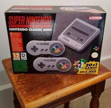 Super Nintendo Entertainment: System Nintendo Classic SNES un-Mini aperto NUOVO CON SCATOLA