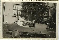 PHOTO ANCIENNE - VINTAGE SNAPSHOT - VOITURE À PÉDALES ENFANT JOUET - TOY CAR