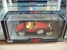 Mira Classic Cars Packard 1930 in Red on 1:25 in Box