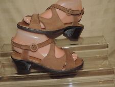 MUNRO American Womens 7.5 Tan Leather Open Toe Sandals Chunky Heel Buckle
