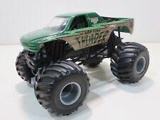 Hot Wheels Monster Jam M2D Camo Thunder 1:24 Truck