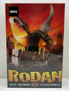 Polar Lights Rodan (Snap) 1:800 Model Kit POL963