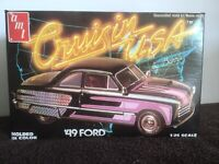 Vintage AMT 1949 Ford 1:25 Scale Model complete In Sealed Packaging
